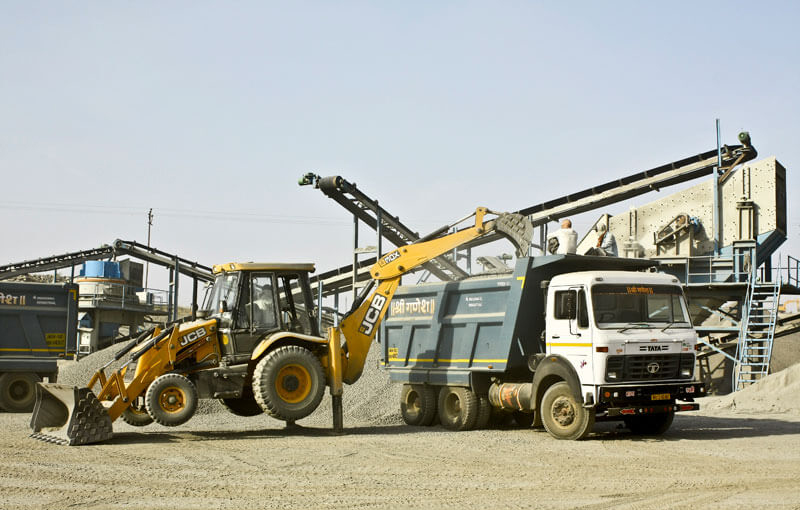 rock crushing machine