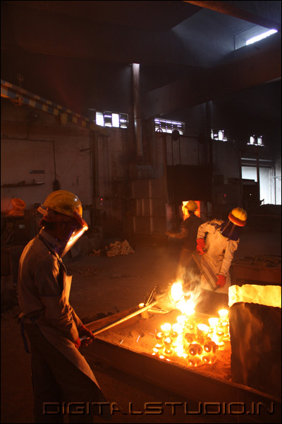 Workers in a foundry