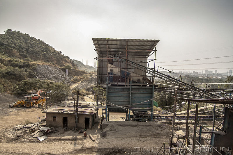 rock crushing machines at Navi Mumbai