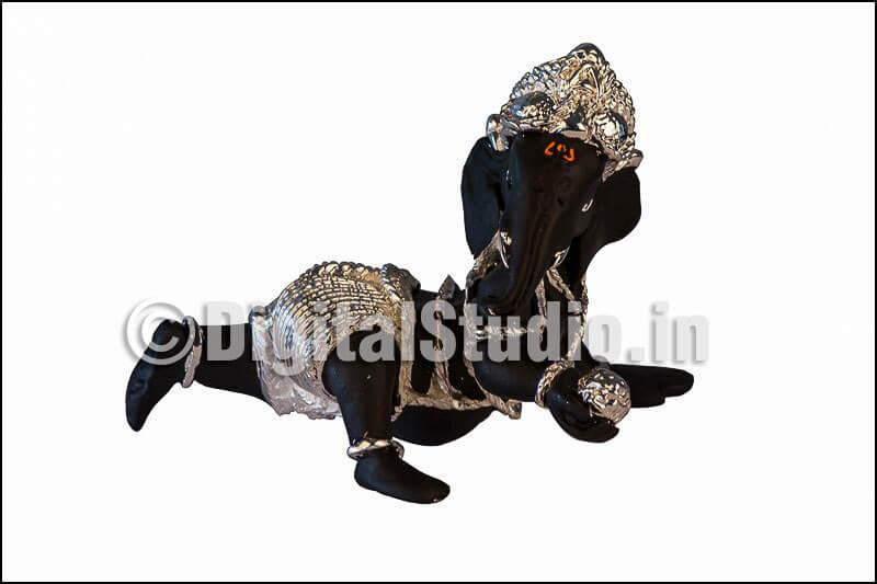 Black and silver Ganesha idol