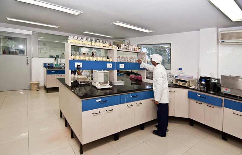 lab technician in a pharma testing lab