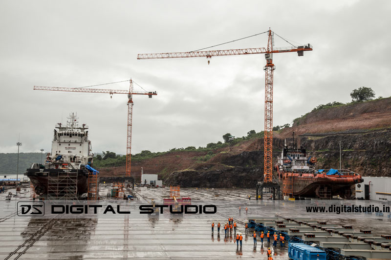 tower cranes at port in Maharashtra