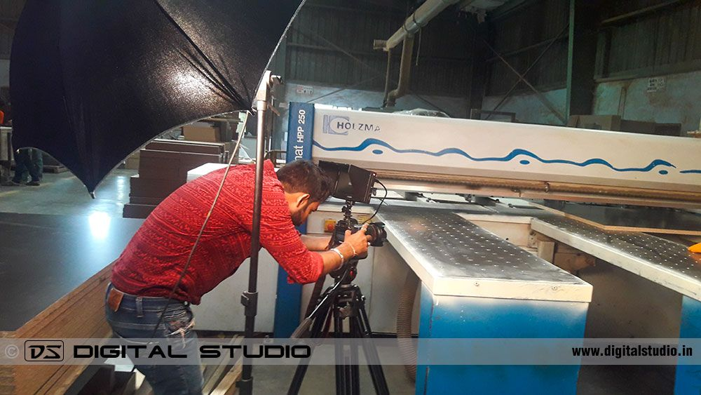 Closeup video shooting of machine process
