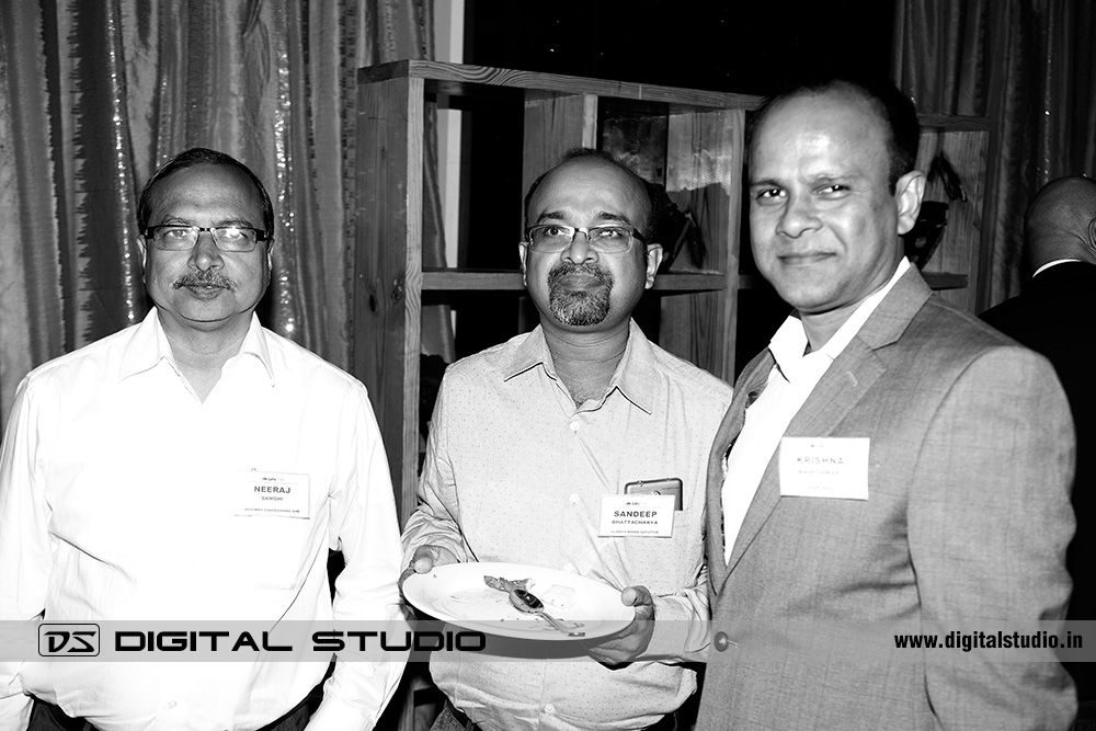 Black - white corporate photography