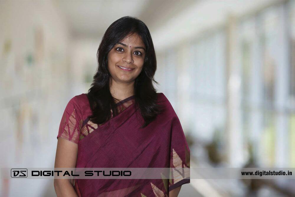 Corporate HeadShot of a lady in sari