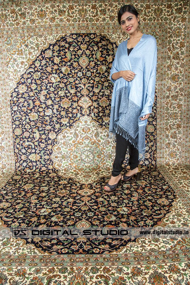 Kashmir silk carpet with model